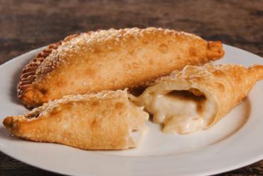 Cheese Empanada – Petisco Brazuca